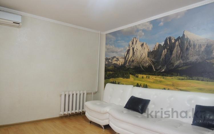 3-комнатная квартира, 65 м², 2/5 этаж, Жумабека Ташенова за 18.8 млн 〒 в Нур-Султане (Астана)