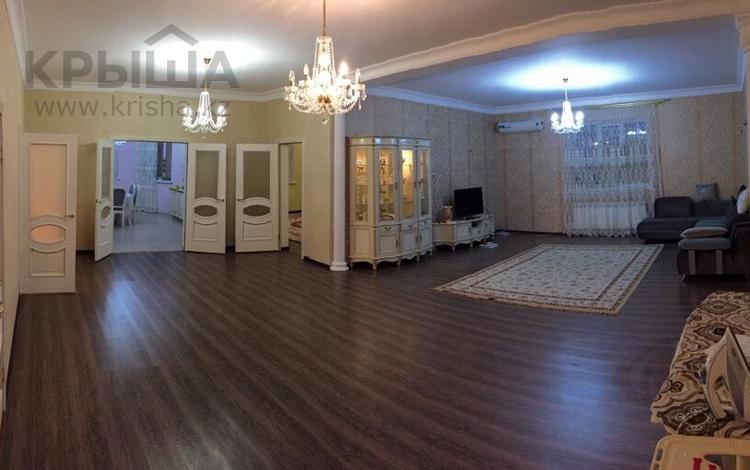 5-комнатный дом, 230 м², 9 сот., мкр Сарыкамыс, Сарыкамыс-2 9 за 42 млн ₸ в Атырау, мкр Сарыкамыс