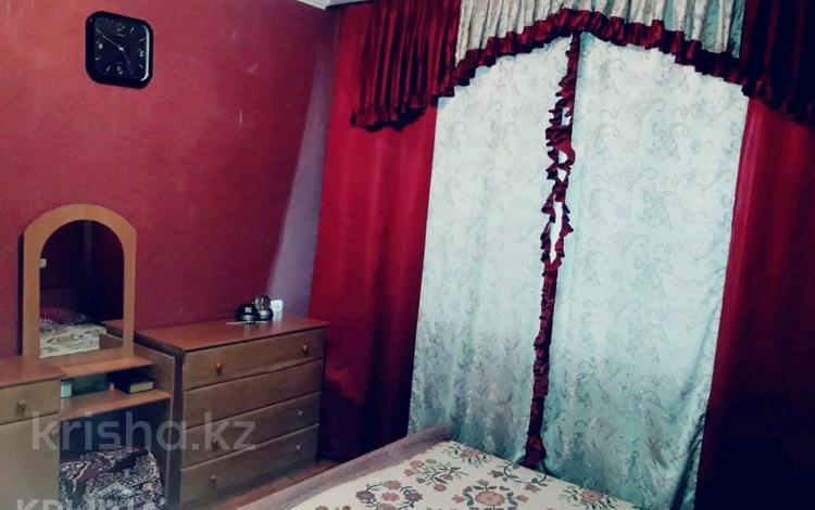 3-комнатная квартира, 83.3 м², 8/9 эт., мкр Аксай-3Б 38 — Толе би-Яссауи за 24 млн ₸ в Алматы, Ауэзовский р-н