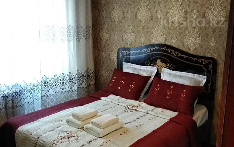 2-комнатная квартира, 42 м², 3/5 этаж посуточно, Абая 159 за 6 000 〒 в Таразе