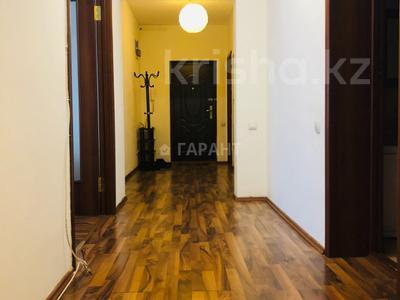 3-комнатная квартира, 115 м², 16/18 эт. помесячно, Навои 7 — Жандосова за 170 000 ₸ в Алматы, Ауэзовский р-н — фото 6