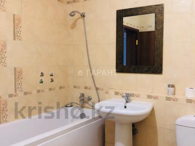 3-комнатная квартира, 115 м², 16/18 эт. помесячно, Навои 7 — Жандосова за 170 000 ₸ в Алматы, Ауэзовский р-н — фото 7