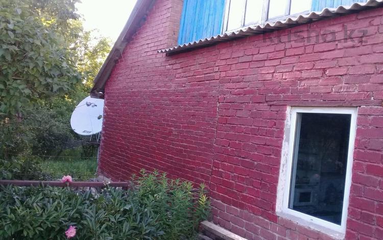 3-комнатный дом, 65 м², 12 сот., Шарова 7 за 7 млн 〒 в Усть-Каменогорске