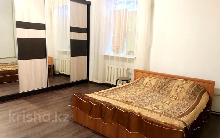 2-комнатная квартира, 70 м², 1 эт. посуточно, Карамендеби — Мира за 6 000 ₸ в Балхаше