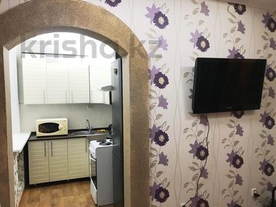 2-комнатная квартира, 70 м², 1 этаж посуточно, Карамендеби — Мира за 6 000 〒 в Балхаше — фото 6