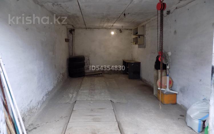 Гараж в районе магазина Ивушка за 1.8 млн 〒 в Усть-Каменогорске
