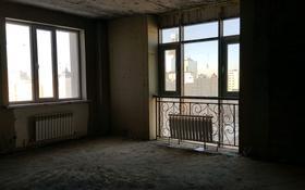 2-комнатная квартира, 90.4 м², 13/17 этаж, Керей жанибек хандар 28 — Мангилик ел за 24.5 млн 〒 в Нур-Султане (Астана), Есиль р-н