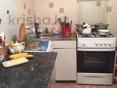 2-комнатная квартира, 48 м², 3/5 этаж, проспект Сакена Сейфуллина 17 за 12.8 млн 〒 в Нур-Султане (Астана), Сарыарка р-н — фото 5
