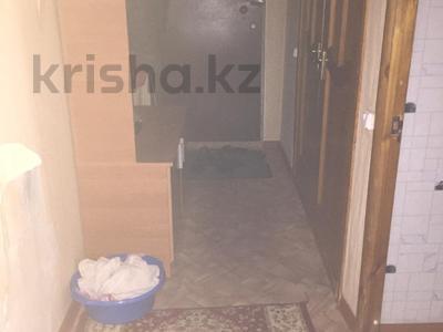 2-комнатная квартира, 48 м², 3/5 этаж, проспект Сакена Сейфуллина 17 за 12.8 млн 〒 в Нур-Султане (Астана), Сарыарка р-н — фото 7