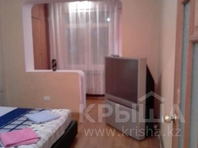 1-комнатная квартира, 32 м², 2/5 этаж по часам, мкр Аксай-3А 47 за 1 000 〒 в Алматы, Ауэзовский р-н — фото 3