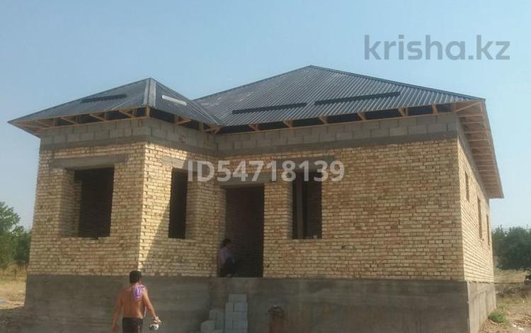 5-комнатный дом, 130 м², 8 сот., Бозарык за 10.5 млн 〒 в Шымкенте, Каратауский р-н