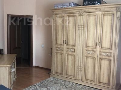 4-комнатная квартира, 130 м², 2/16 этаж, Навои за 69 млн 〒 в Алматы, Ауэзовский р-н — фото 14
