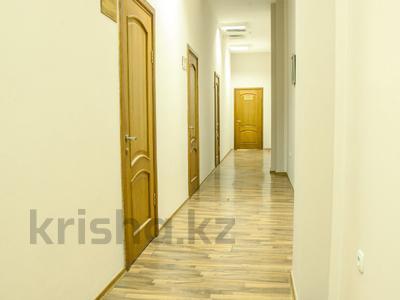 Здание, Абая — Байзакова площадью 1500 м² за 4 200 〒 в Алматы, Бостандыкский р-н — фото 4