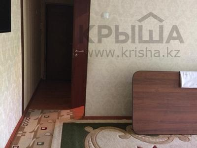 3-комнатная квартира, 57 м², 3/4 эт., проспект Республики 36а за 14.3 млн ₸ в Шымкенте, Абайский р-н — фото 5