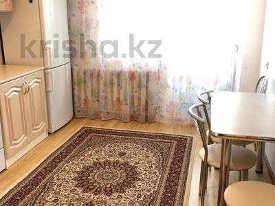 1-комнатная квартира, 38 м², 2/9 этаж помесячно, Сауран 6 за 110 000 〒 в Нур-Султане (Астана), Есиль р-н