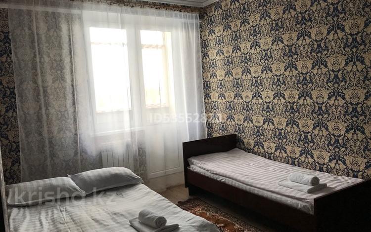 2-комнатная квартира, 59 м², 2/10 этаж посуточно, Казыбек би — Сатпаева за 7 000 〒 в Усть-Каменогорске