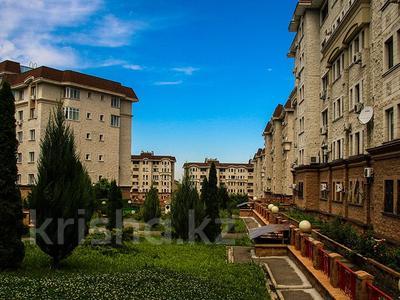 2-комнатная квартира, 102 м², 4/6 этаж, Жамакаева 258/5-12 за 57 млн 〒 в Алматы, Медеуский р-н — фото 3