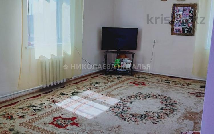 7-комнатный дом, 220 м², 10 сот., Жумабаева 180 за 18.5 млн ₸ в Караоткеле