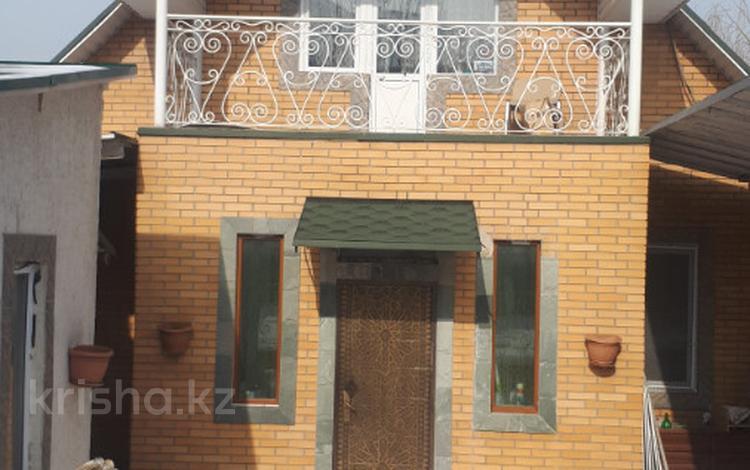 5-комнатный дом помесячно, 168 м², 7 сот., мкр Думан-1 37 — Акжайык за 360 000 ₸ в Алматы, Медеуский р-н