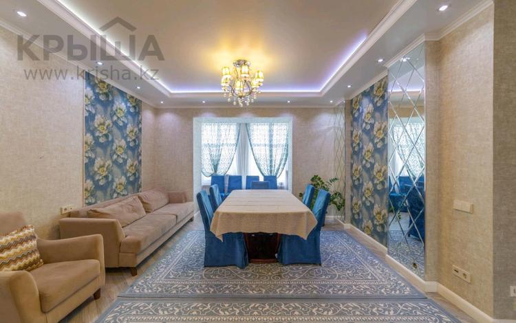 4-комнатная квартира, 112 м², 5/5 этаж, Улы дала 18 за 50 млн 〒 в Нур-Султане (Астана), Есиль р-н