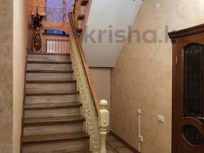 7-комнатный дом, 250 м², 7 сот., Куаныш 4 за 130 млн 〒 в Нур-Султане (Астана), Есильский р-н — фото 11