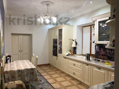 7-комнатный дом, 250 м², 7 сот., Куаныш 4 за 130 млн 〒 в Нур-Султане (Астана), Есильский р-н — фото 12