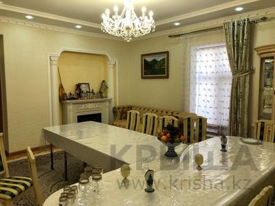 7-комнатный дом, 250 м², 7 сот., Куаныш 4 за 130 млн 〒 в Нур-Султане (Астана), Есильский р-н — фото 16