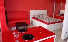 1-комнатная квартира, 34 м² посуточно, Сатпаева 40 — Лермонтова за 8 000 〒 в Павлодаре