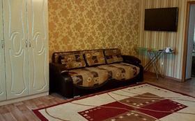 2-комнатная квартира, 60 м², 4/5 этаж посуточно, Бухар жырау 65 за 8 000 〒 в Караганде