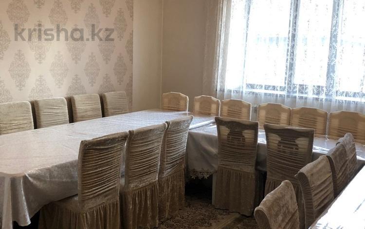 4-комнатный дом посуточно, 180 м², 9 сот., Кунгей Абыкена Толеубаева 30/1 за 80 000 ₸ в Караганде, Казыбек би р-н