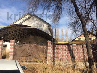 7-комнатный дом, 240 м², мкр Алгабас, Якубова за 45 млн 〒 в Алматы, Алатауский р-н