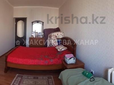 3-комнатная квартира, 95 м², 7/9 этаж, проспект Рахимжана Кошкарбаева за 26.8 млн 〒 в Нур-Султане (Астана) — фото 5