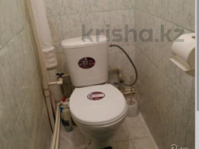 2-комнатная квартира, 49 м², 2/9 эт., Карбышева 5 за 10.5 млн ₸ в Караганде, Казыбек би р-н — фото 3