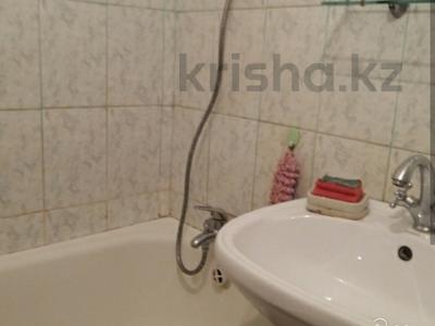 2-комнатная квартира, 49 м², 2/9 эт., Карбышева 5 за 10.5 млн ₸ в Караганде, Казыбек би р-н — фото 4
