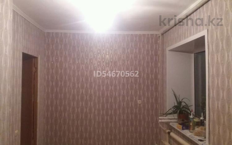 2-комнатная квартира, 41 м², 2/2 этаж, Пос. силикатный 2 за 5.3 млн 〒 в Семее