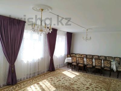 4-комнатный дом, 230 м², 10 сот., Балыкшы,Курсай Акжонас 6а за 30 млн ₸ в Атырау — фото 8