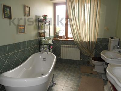 6-комнатный дом, 347 м², 6 сот., Мкр Каргалы за 115 млн 〒 в Алматы, Наурызбайский р-н — фото 22