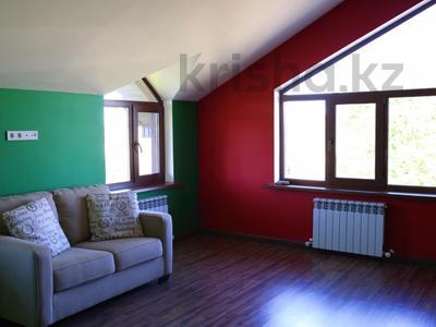 8-комнатный дом, 309 м², 19.9 сот., Речная 100 за ~ 60 млн ₸ в Междуреченске — фото 4
