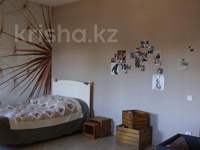 8-комнатный дом, 309 м², 19.9 сот., Речная 100 за ~ 60 млн ₸ в Междуреченске — фото 7