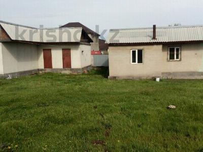 3-комнатный дом, 55 м², 9 сот., мкр 6-й градокомплекс, Кожаберген жырау 63 за 13 млн ₸ в Алматы, Алатауский р-н