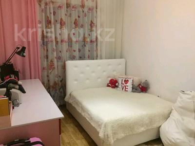 2-комнатная квартира, 51 м², 11/18 этаж, Карталинская — Конституция за 14.5 млн 〒 в Нур-Султане (Астана), Сарыаркинский р-н