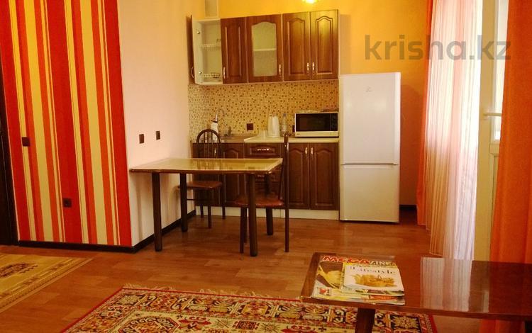 1-комнатная квартира, 35.5 м², 8/10 этаж посуточно, Тархана 17 — Жубанова за 7 000 〒 в Нур-Султане (Астана), р-н Байконур