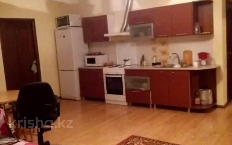 3-комнатная квартира, 66 м², 4/16 этаж, Сарайшык 5/1 за 22.5 млн 〒 в Нур-Султане (Астана), Есиль р-н