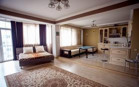 1-комнатная квартира, 56 м², 14/14 этаж посуточно, Навои 60 за 12 000 〒 в Алматы