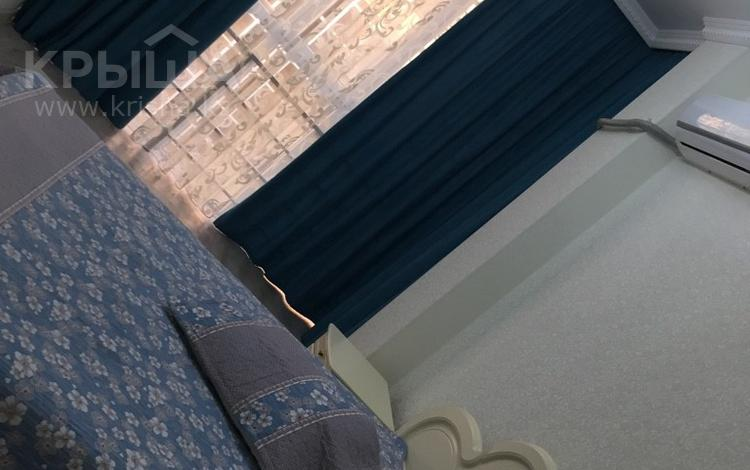 1-комнатная квартира, 41 м², 7/10 эт. посуточно, 18 мкр 78 А — Еримбетова за 9 000 ₸ в Шымкенте, Енбекшинский р-н