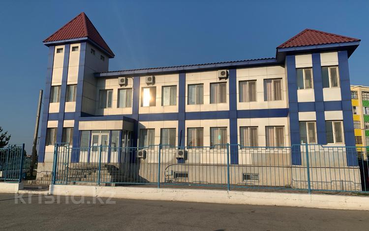 Здание, Акимжанова 134А площадью 721 м² за 2 500 ₸ в Актобе