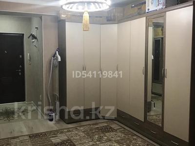 3-комнатная квартира, 109 м², 13/16 этаж, 17-й мкр 3 за 27.5 млн 〒 в Актау — фото 2