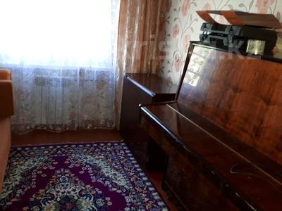 3-комнатная квартира, 59 м², 1/5 эт., Бурова 13 за 9.4 млн ₸ в Усть-Каменогорске — фото 24