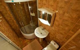 2-комнатная квартира, 85 м², 8/16 эт. посуточно, Сарайшык 7 за 10 000 ₸ в Астане