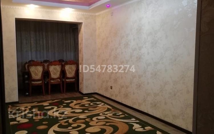 2-комнатная квартира, 55 м², 4/6 этаж, Мкр 31б 32/1 за 11 млн 〒 в Жанаозен
